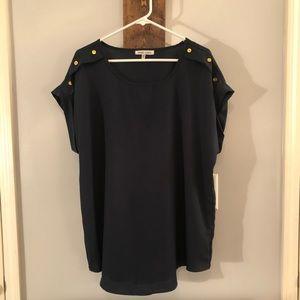 Short sleeve navy blouse by Speed Limit, Size 2x